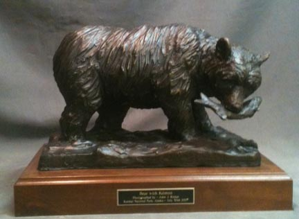 Alaskan Bear with Salmon bronze statue 4